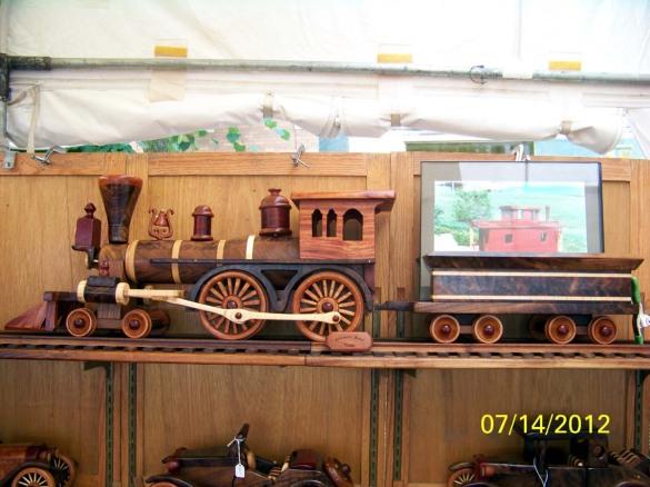 Wood train plans free download diy workbench plans for Wooden locomotive plans